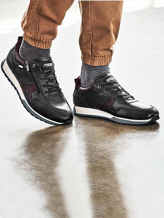 Cambil M5N-6010C1. Leather sneakers for men with side zipper.