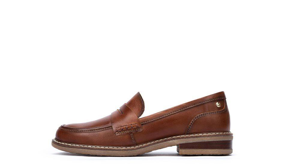 Aldaya W8J-3541. Classic women's loafers with 3 cm heel.