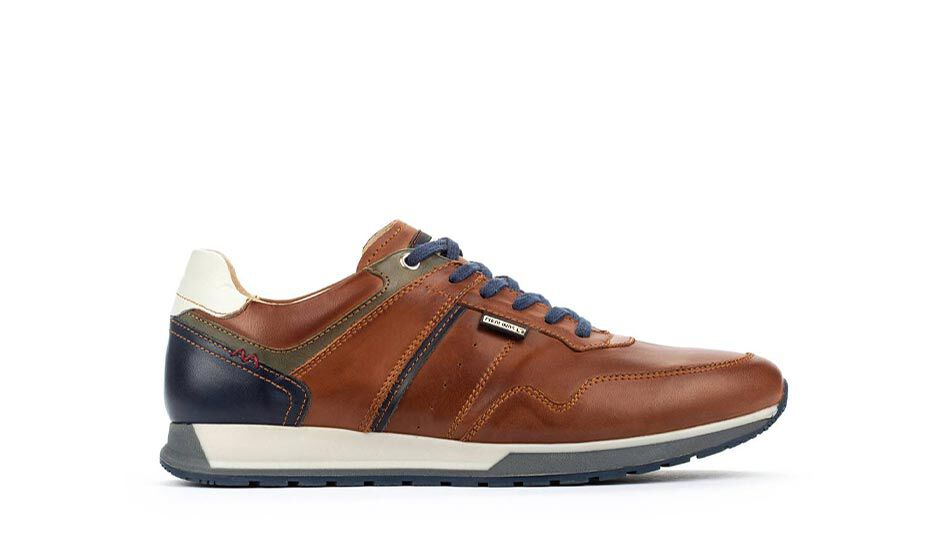 Cambil M5N-6319. Men's leather sneakers with another color heel and laces.