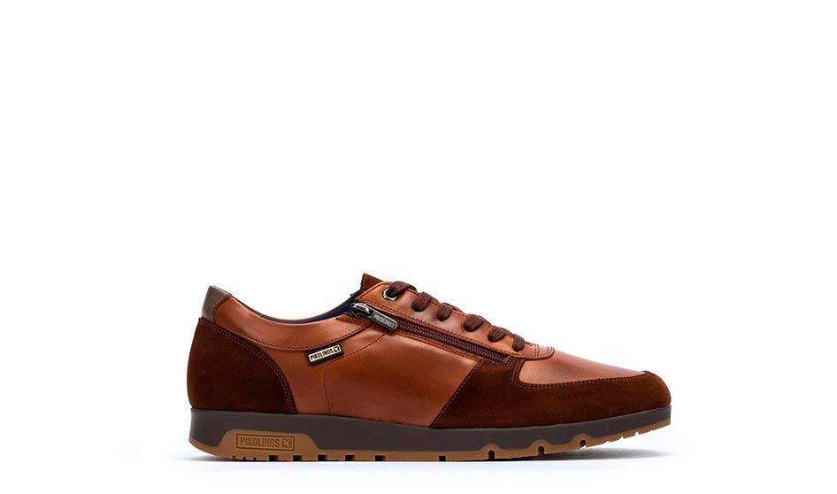 Alarcón M9T-6126. Sporty soft and flexible leather for men.
